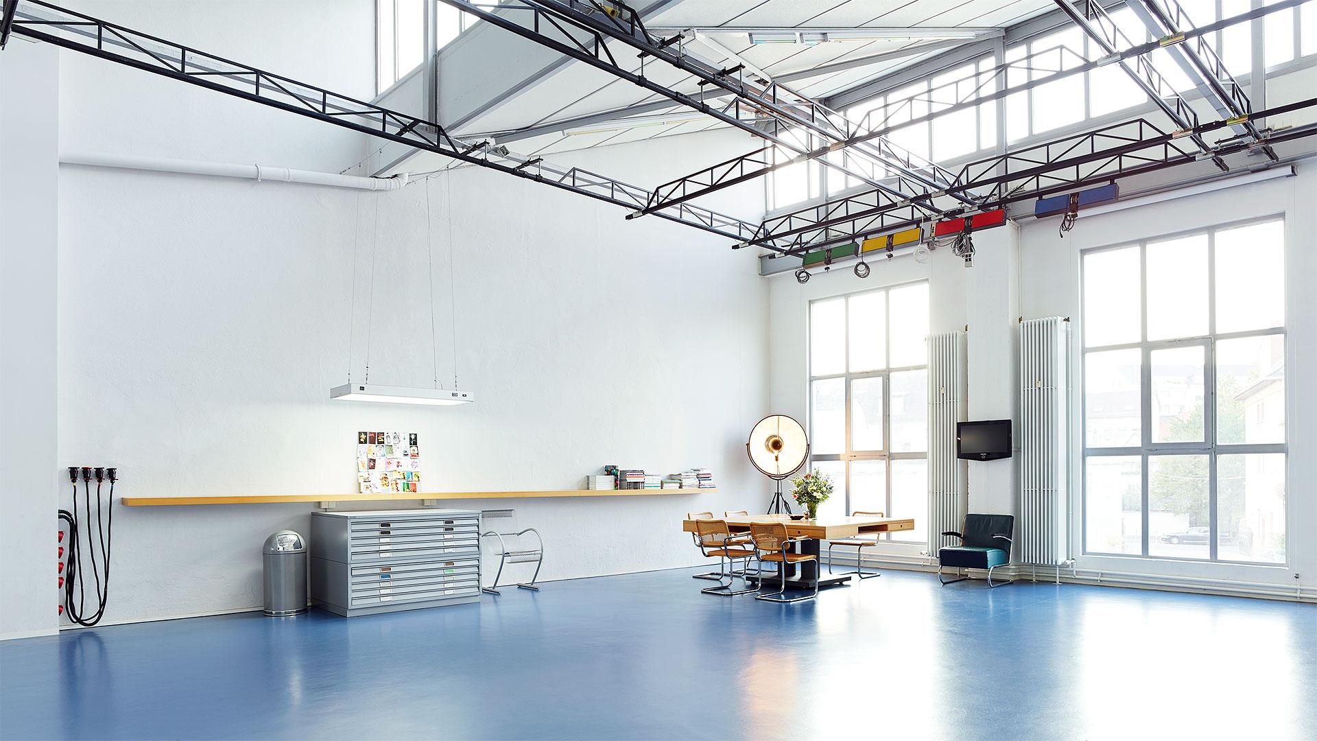 loftstudio mietstudio frankfurt i studio 1. Black Bedroom Furniture Sets. Home Design Ideas
